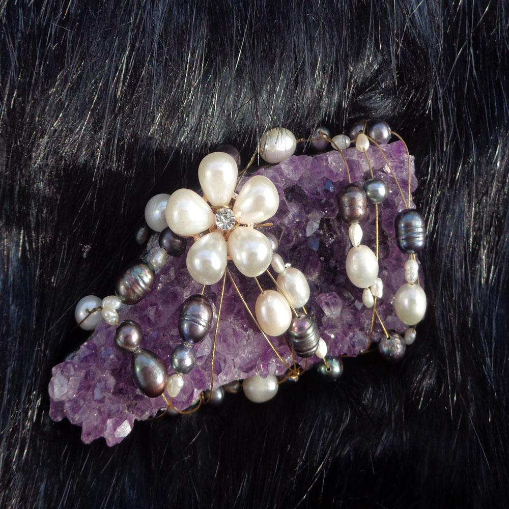 diy-amethyst-crystal-pearl-brooch-complete