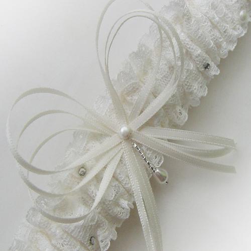 Vintage pearl sparkle garter ivory