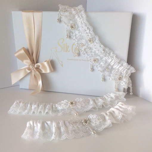 Custom made wedding garter set with Swarovski crystal pearls