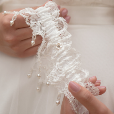 Leila luxury wedding garter