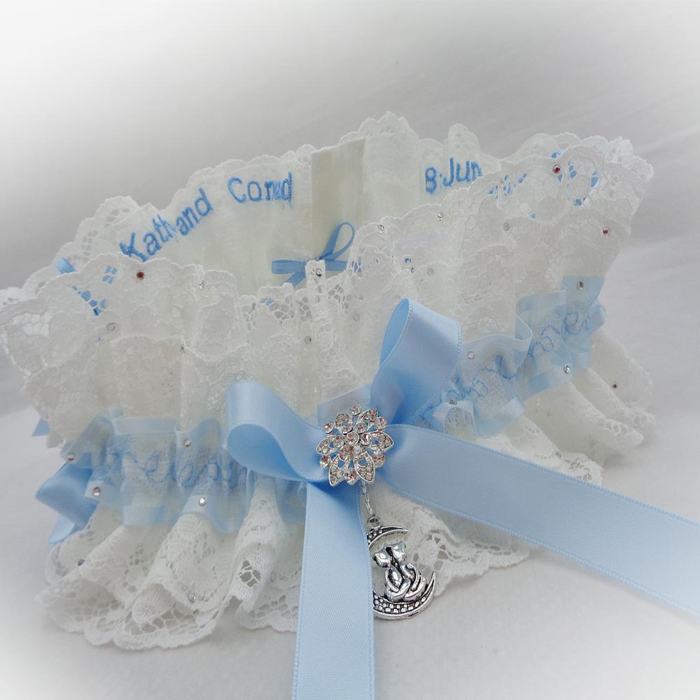 Cats charm wedding garter bride gift from mum