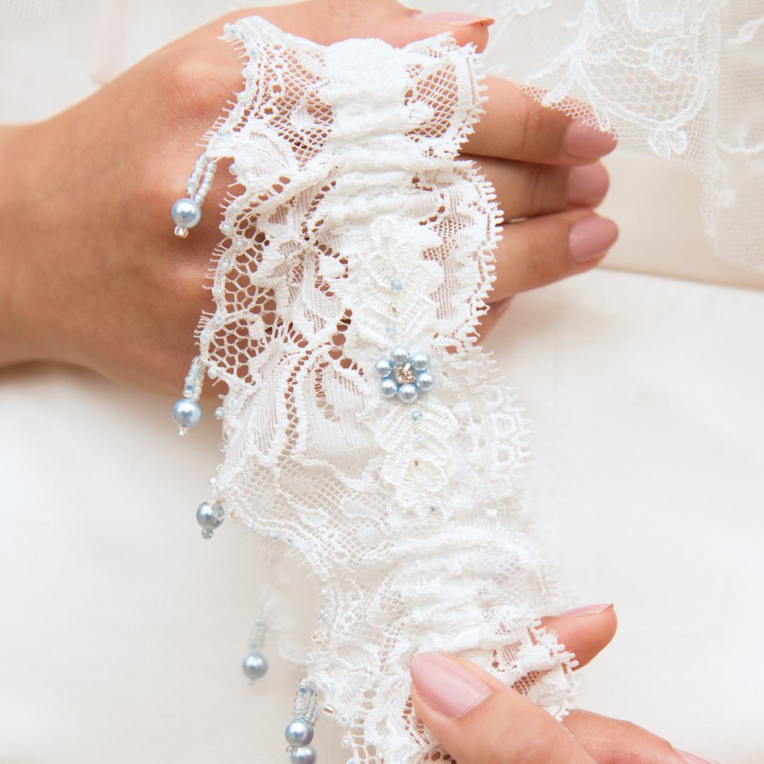 Luxury wedding garter with Something blue Swarovski pearl drops